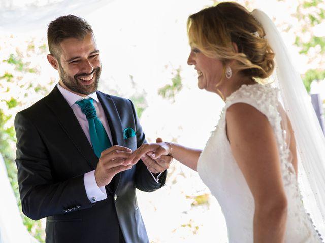 La boda de David y Laura en Yunclillos, Toledo 43