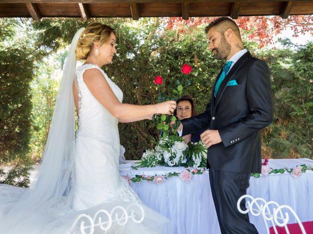 La boda de David y Laura en Yunclillos, Toledo 45