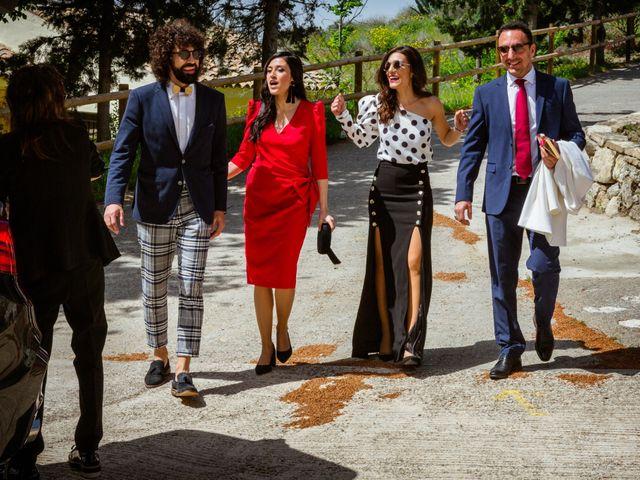 La boda de Víctor y Esther en Zaragoza, Zaragoza 14