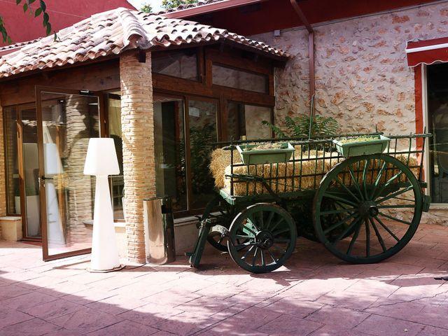 La boda de Juanjo y Sara en Saelices, Cuenca 1