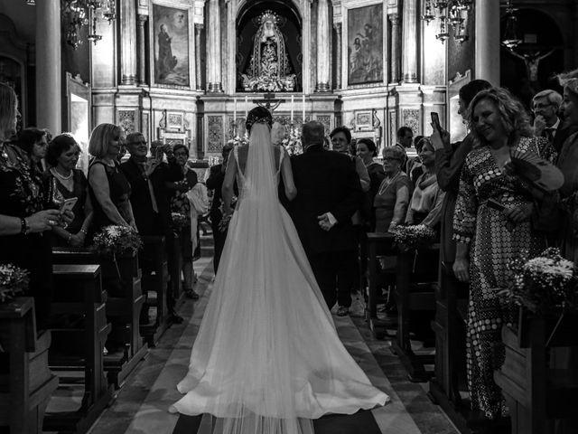 La boda de Raúl y Sole en La Algaba, Sevilla 13