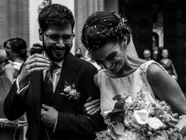 La boda de Raúl y Sole en La Algaba, Sevilla 24