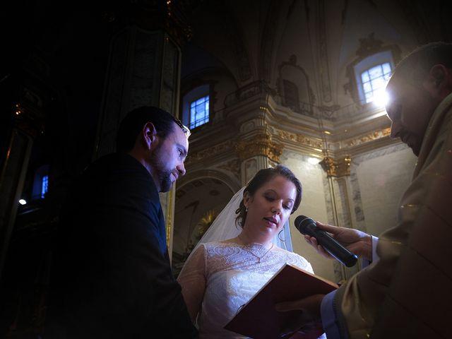 La boda de Gonzalo y Marta en Castelló/castellón De La Plana, Castellón 25