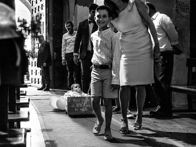 La boda de Cristian y Sheila en Villanueva De Gallego, Zaragoza 11