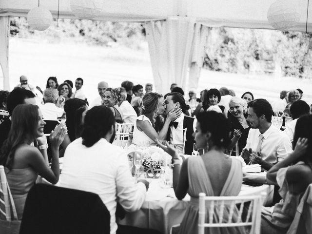 La boda de Bogdan y Raquel en Sant Ferriol, Girona 33