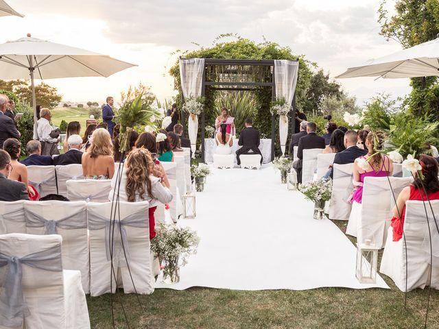 La boda de Tomás y Noelia en Madrid, Madrid 28