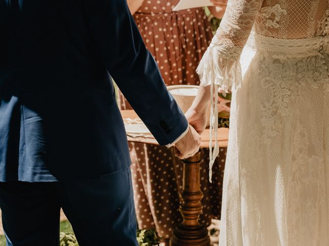 La boda de David y Carla en Navacepedilla De Corneja, Ávila 33