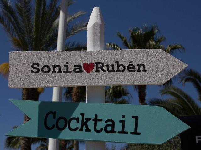 La boda de Sonia y Rubén  en Alzira, Valencia 12