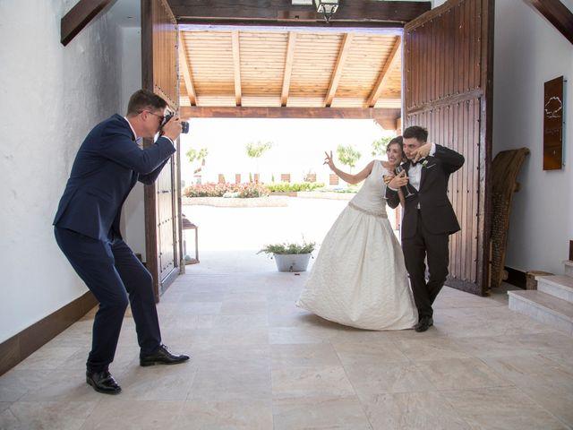 La boda de Robert y Elena en Alcazar De San Juan, Ciudad Real 1