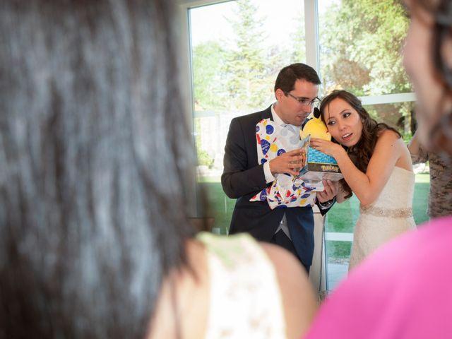 La boda de Álvaro y Laura en Burgos, Burgos 39