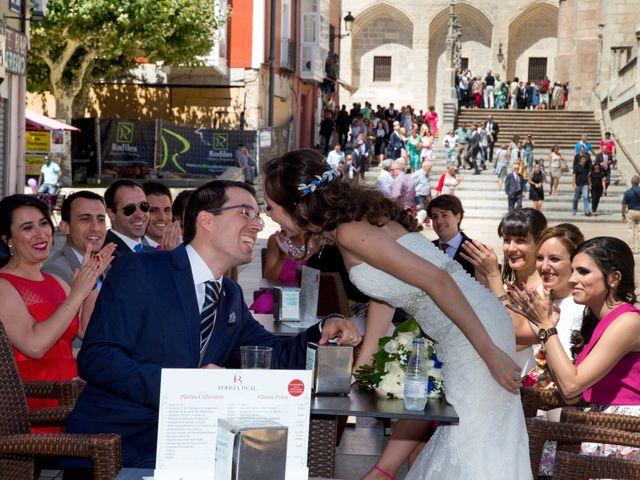 La boda de Álvaro y Laura en Burgos, Burgos 17