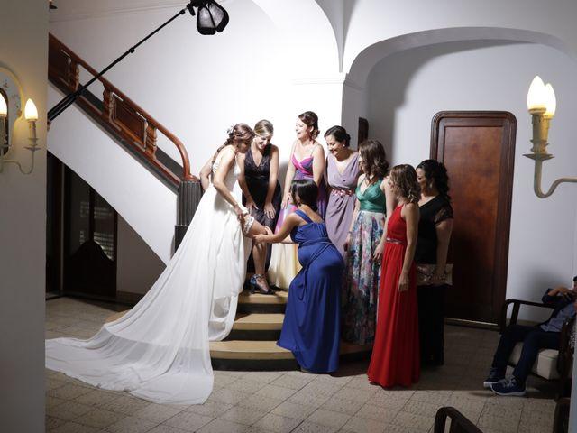 La boda de Noe y Sara en Castelló/castellón De La Plana, Castellón 16