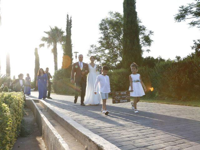 La boda de Noe y Sara en Castelló/castellón De La Plana, Castellón 19