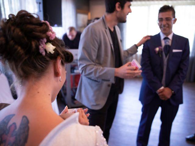 La boda de Xanu y Alegría en Oviedo, Asturias 2