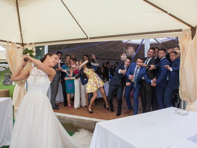 La boda de Idoia y Jose en Isla, Cantabria 35
