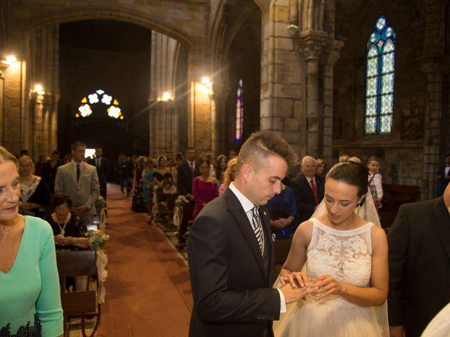 La boda de Idoia y Jose en Isla, Cantabria 16