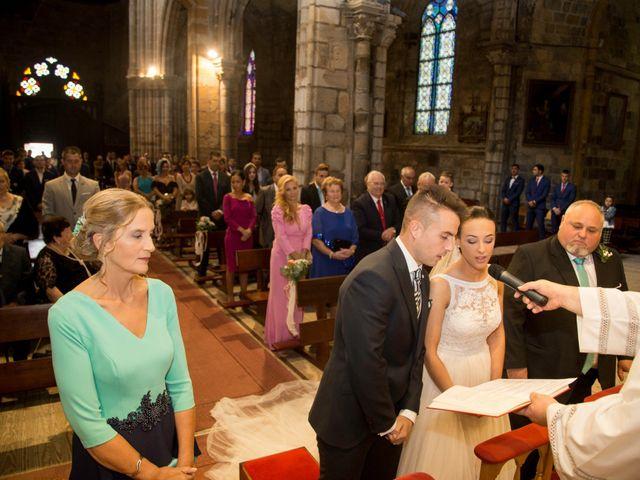 La boda de Idoia y Jose en Isla, Cantabria 19