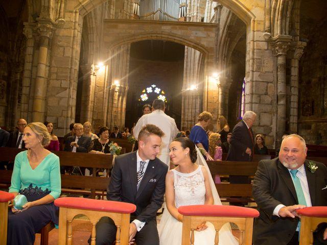 La boda de Idoia y Jose en Isla, Cantabria 21