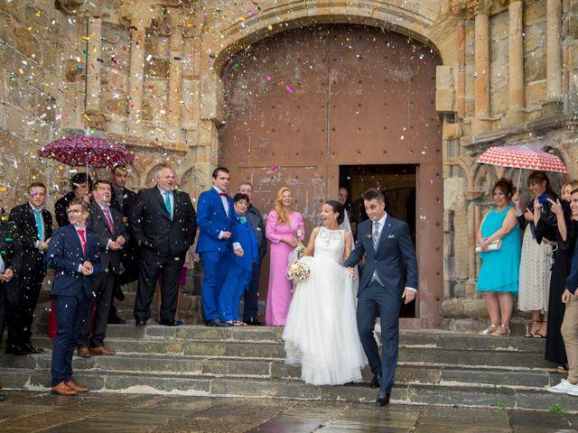 La boda de Idoia y Jose en Isla, Cantabria 25