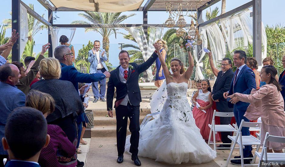 La boda de Carlos y Any en Puerto De La Cruz, Santa Cruz de Tenerife