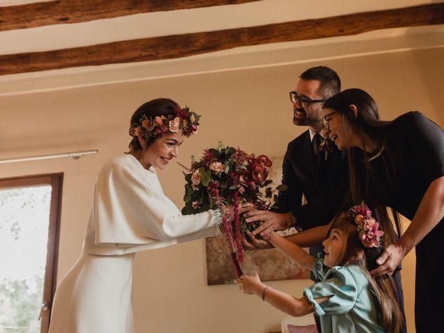 La boda de Víctor y Anna en Sant Marti De Tous, Barcelona 17