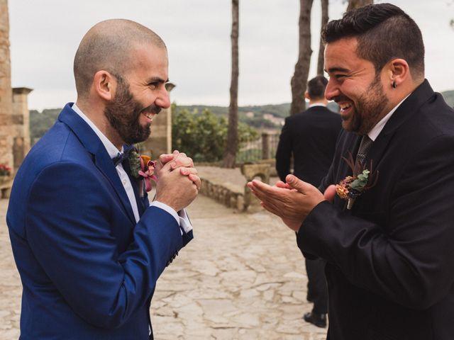 La boda de Víctor y Anna en Sant Marti De Tous, Barcelona 25