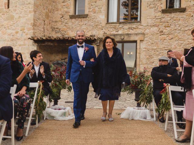 La boda de Víctor y Anna en Sant Marti De Tous, Barcelona 29