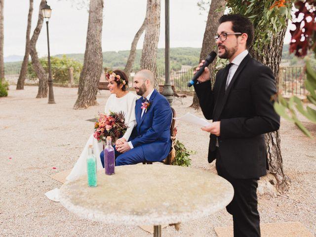 La boda de Víctor y Anna en Sant Marti De Tous, Barcelona 43
