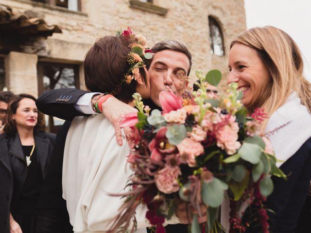 La boda de Víctor y Anna en Sant Marti De Tous, Barcelona 62