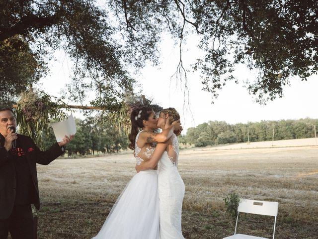 La boda de Cristina y Sonia en Pueblo Sant Andreu Salou, Girona 34