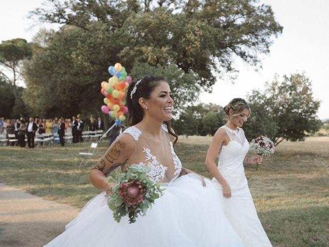 La boda de Cristina y Sonia en Pueblo Sant Andreu Salou, Girona 36