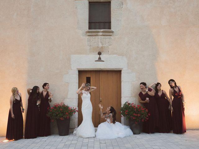 La boda de Cristina y Sonia en Pueblo Sant Andreu Salou, Girona 44