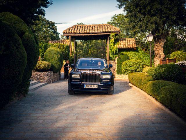 La boda de Javi y Laura en Miraflores De La Sierra, Madrid 18