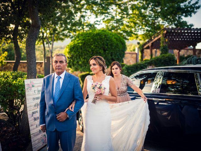La boda de Javi y Laura en Miraflores De La Sierra, Madrid 19