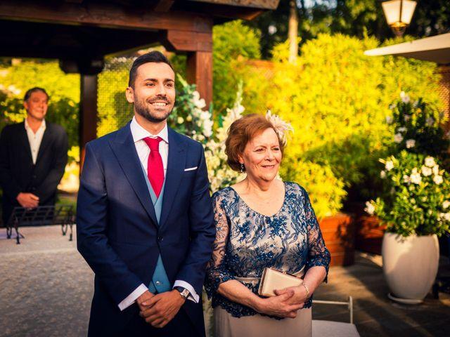 La boda de Javi y Laura en Miraflores De La Sierra, Madrid 20