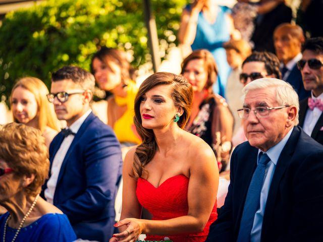 La boda de Javi y Laura en Miraflores De La Sierra, Madrid 27