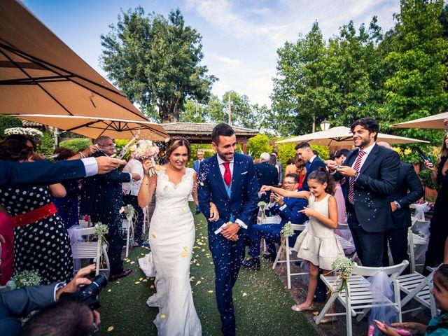 La boda de Javi y Laura en Miraflores De La Sierra, Madrid 30