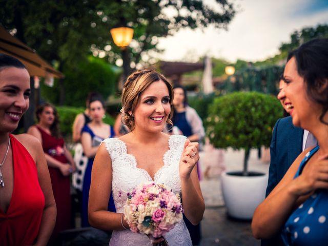 La boda de Javi y Laura en Miraflores De La Sierra, Madrid 34