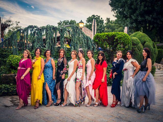 La boda de Javi y Laura en Miraflores De La Sierra, Madrid 43