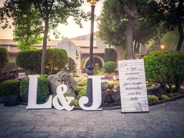 La boda de Javi y Laura en Miraflores De La Sierra, Madrid 47