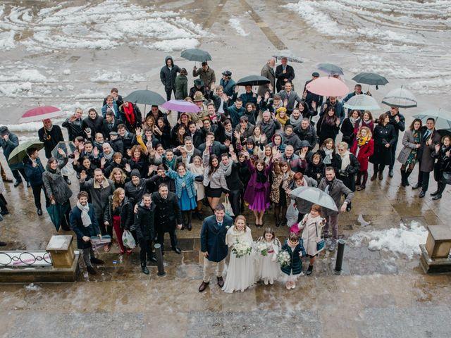 La boda de Ibai y Caroline en Vitoria-gasteiz, Álava 24