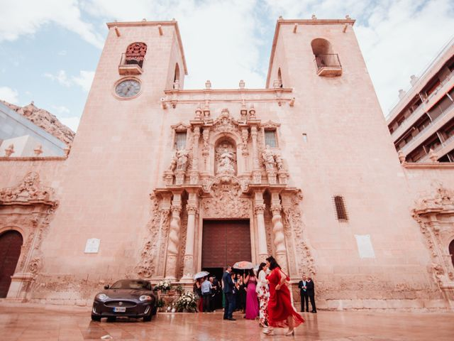 La boda de Fernando y Sandra en Alacant/alicante, Alicante 41
