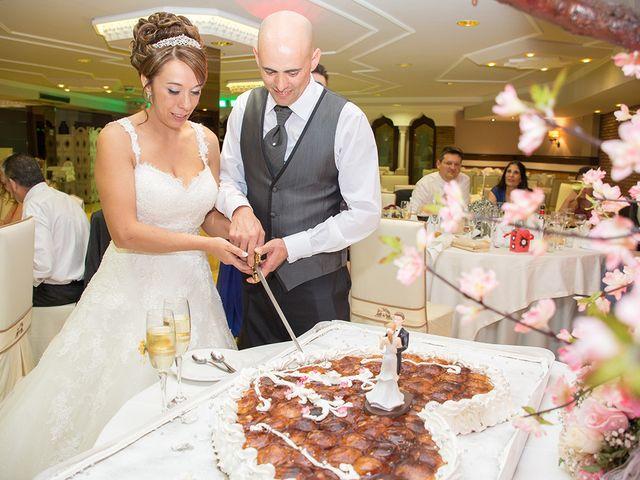 La boda de Jose Manuel y Raquel en Huetor Vega, Granada 22