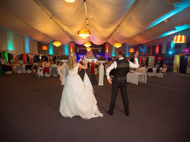 La boda de luisja y silvia en Carracedelo, León 47