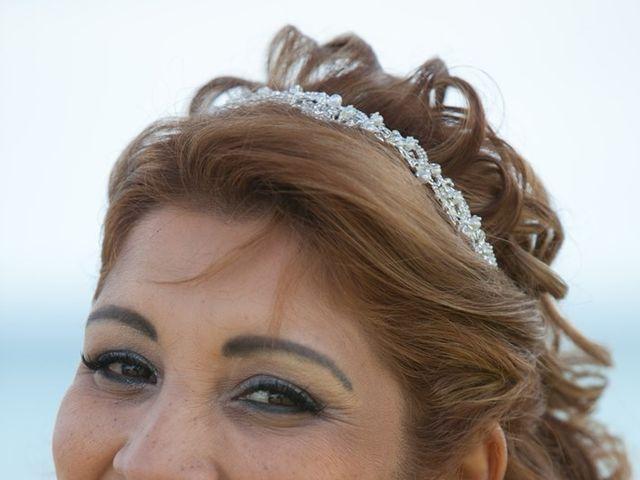 La boda de Maritza y Hanspeter en Torrevieja, Alicante 6