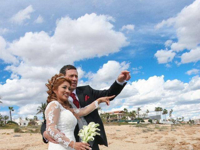 La boda de Maritza y Hanspeter en Torrevieja, Alicante 11