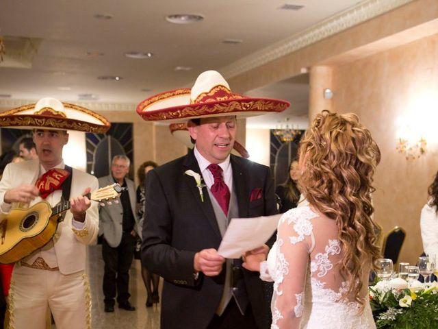 La boda de Maritza y Hanspeter en Torrevieja, Alicante 15