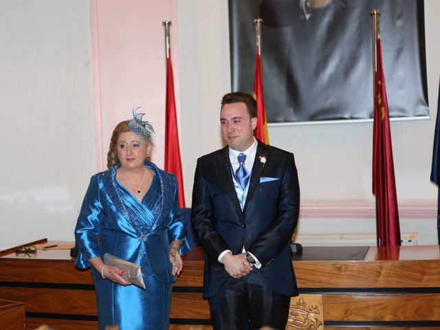 La boda de Jonatan  y Mara en Alcantarilla, Murcia 25