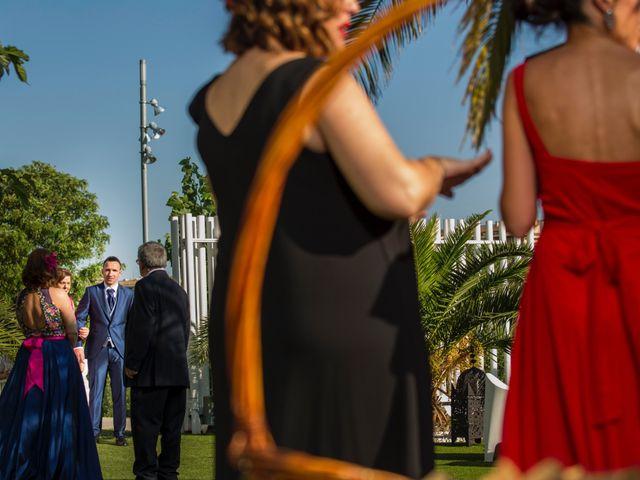 La boda de David y Elisabet en Zaragoza, Zaragoza 26