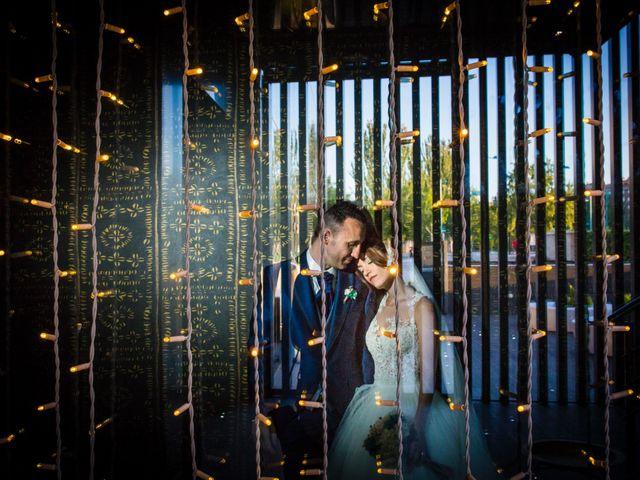 La boda de David y Elisabet en Zaragoza, Zaragoza 35